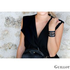 Be yourself, be trendy, be Parisian with Guillot Black Friday Shopping, Black Friday Deals, All Black, Black Women, Fashion Deals, Looking For Women, Parisian, Pink And Gold, Fashion Accessories
