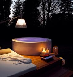 1000 images about jacuzzi on pinterest tubs hot tubs for Free standing hot tub deck
