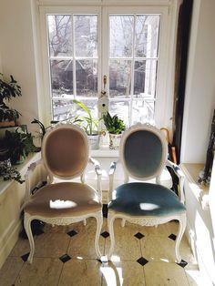 Showroom, Homestead, Dining Chairs, Interior Design, Furniture, Vintage, Home Decor, Refurbished Furniture, Romantic