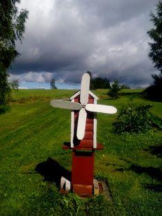 Tuuliviiri odottaa tuulta😨