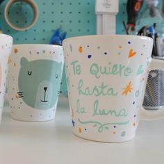 Taza Oh Situ Mugs Cafe, Painted Plates, Mug Designs, Diy Gifts, Decoupage, Coffee Mugs, Pottery, Drawings, Tableware
