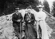 Freud, Martha: Freud, Amalie: Freud, Sigmund  Date: 1905 Event: Holiday Location: Alt Aussee