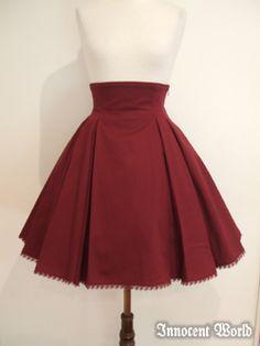 IW Juno Skirt (bordeaux size L), 13500 yen, http://innocent-w.jp/shopping/094212/index_e.html