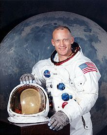 Edwin (Buz) Aldrin - Clear Lake Lodge No. 1417 - Not only was he a Freemason, but he took a Masonic flag to the moon. Is that boss or what?     http://groups.yahoo.com/group/NewWorldOrderWhistleBlowers/message/11856 - Brother