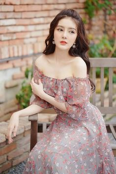Real Style, Hot Girls, Woodworking, Vintage, Dresses, Fashion, Clothing, Vestidos, Moda