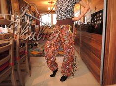 Střihy šikulíci, jsou stránky, kde naleznete návody na šití kalhot, postup šití…