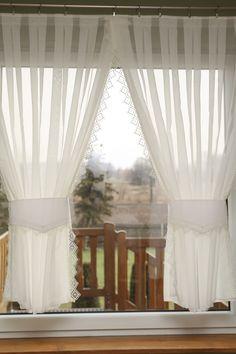 Kitchen Curtain Designs, Kitchen Room Design, Home Decor Kitchen, Interior Design Kitchen, Kitchen Window Valances, Kitchen Curtains, Cool Curtains, Lace Curtains, Rideaux Design