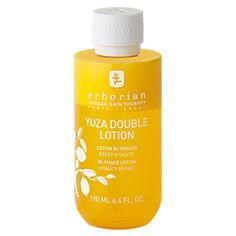 Une lotion biphasée pour une performance double : enrichi en Yuza connu pour ses vertus antioxydantes, YUZA DOUBLE LOTION associe les b&eacute