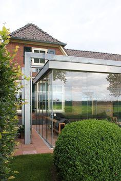 wintergarten balkonverbau verglasung ganzglaselemente. Black Bedroom Furniture Sets. Home Design Ideas
