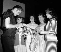 Elvis with Young fans in Minneapolis in may 12  1956.
