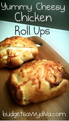 Cheesy Chicken Roll Ups - looks so good! Cheesy Chicken Roll Ups - looks so good! Cheesy Chicken Roll Ups - looks so good! Tapas, Chicken Roll Ups, Chicken Pockets, Pan Relleno, Great Recipes, Favorite Recipes, Dinner Recipes, Roll Ups Recipes, Boite A Lunch