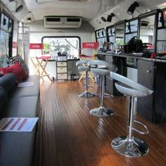 Salon on Wheels