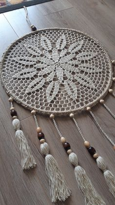 Doily Dream Catchers, Dream Catcher Craft, Dream Catcher Boho, Crochet Bunny Pattern, Crochet Box, Knit Crochet, Photo Wall Hanging, Crochet Stitches Chart, Crochet Rings