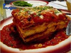 : Lasagna - The Mis-Adventures of Mommyhood Veggie Recipes, Diet Recipes, Cooking Recipes, Healthy Recipes, Healthy Meals, Meatless Recipes, Healthy Food, Fat Free Recipes, Sweet Italian Sausage