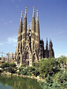 'La Sagrada Familia' by Antonio Gaudi | Barcelona, Spain #architecture #design #spain