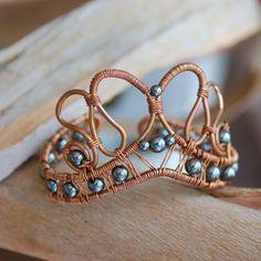 Artisan Copper and Hematite Cuff Wire Wrapped por NeroliHandmade