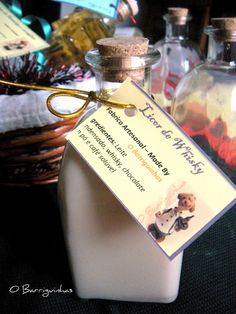 O Barriguinhas: Licor de Whisky II Whisky, Flask, Barware, Perfume Bottles, Chocolate, Learning, Diy Home, Originals, Gifs