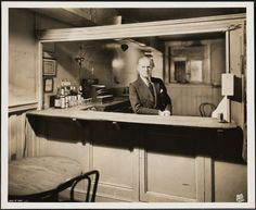Wurts Bros. (New York, N.Y.). 16 Gramercy Park South. Interior, The Player's…