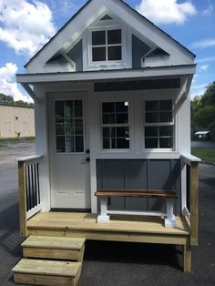 Tiny house for sale in Blountville, Tennessee