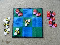 Easy Perler Bead Patterns, Craft Patterns, Art Perle, Tapestry Crochet Patterns, Motifs Perler, Hama Beads Design, Peler Beads, Bottle Cap Art, Iron Beads