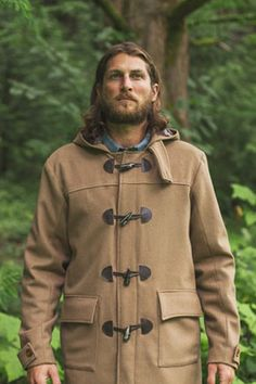 Albion by Colette Patterns (unisex) Nothing wrong with the coat (if you're a 5 to 10 year old...) but can we PLEASE leave the beard-trend behind us?