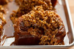 Pioneer Woman Ree Drummond's Pecan Sticky Buns The Food Network star shares her breakfast recipe, which can be found on the menu at the Mercantile and from room service at The Boarding House. Best Sticky Bun Recipe, Pecan Sticky Buns, Pecan Rolls, Baker Recipes, Pecan Recipes, Bread Recipes, Ree Drummond, Pioneer Woman Desserts, Cinnamon Bun Recipe
