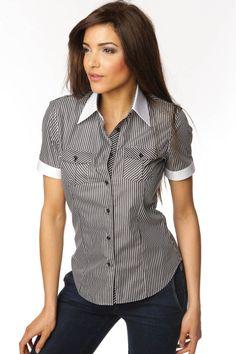 Splendide chemise femme à rayures noires et blanche à col blanc  contrastant, vous confèrant un style tendance et mode. 79863a26535a