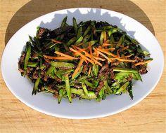 Lu sun Niu Rou Si (Asparagus with Beef Slivers)