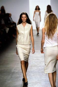 Calvin Klein Collection Spring 1999 Ready-to-Wear Fashion Show - Gisele Bündchen