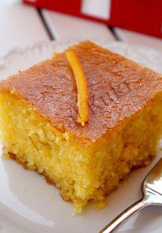 Portakallı Revani 3 Desserts with Turkish Sweets, Greek Sweets, Cake Recipes, Snack Recipes, Dessert Recipes, Cooking Recipes, Food Cakes, Cake Recipe Using Buttermilk, Turkish Recipes