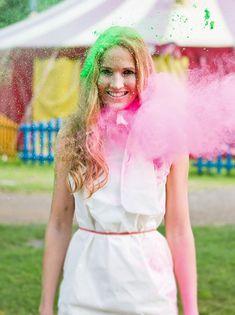tolle Farben, tolle Idee!!! Holi-Farbe macht glücklich // Zirkus Shooting Finale | Nancy Ebert Fotoblog