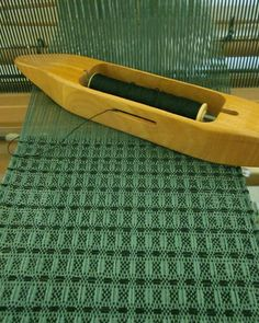 Amy of WovenDeisgns - Weaving Loom