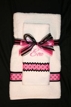 Girls Pink and Black Polka Dot Towel Set by EmbroideryMark on Etsy, $38.00  www.embroiderymark.etsy.com