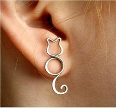 cat wire earring by wanting