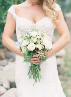 Bouquet perfection. Photography by jessicalorren.com