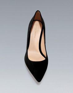 zapato salón piel Zara tacón bajo