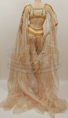 Costume designed by Gabriella Pescucci for Dracula`s brides in Van Helsing (2004)