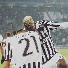 Paulo e Paul Dab Pogba, Soccer Post, Modern Feminism, International Soccer, Most Popular Sports, Soccer Coaching, Juventus Fc, Soccer World, Neymar Jr