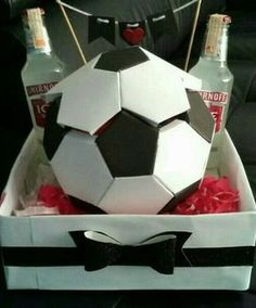 Best Sentimental Gifts For Him - Unity Fashion Boyfriend Anniversary Gifts, Diy Gifts For Boyfriend, Birthday Gifts For Boyfriend, Gifts For Him, Soccer Birthday, Birthday Diy, Relationship Gifts, Cheap Gifts, Christmas Gift Guide