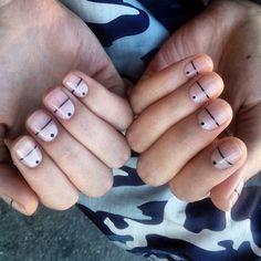 #идеяманикюра #ногти #минимализм #прямыелинии #nails #nail #geometric