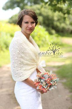 Bridal Shawl, Wedding Shawl, Bridal Shrug, Ivory Shawl,Winter Wedding, Bridal Bolero,Crochet Shawl,Bridal Cover Up,Bridal Wrap,Wedding Shrug