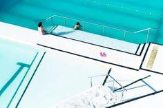 Pink thongs, Icebergs