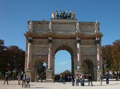 Arch de Triumph, Paris France