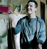 If you know what hes saying here, you're laughing. Noel Fisher as Mickey Milkovich #shameless