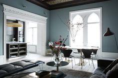 Färgen kommer från Alcro i deras mattaste finish pashmina och själva färgen heter: Blåstång, 50 % färgmättnad.