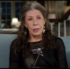 grace and frankie wardrobe images - Bing images Chunky Jewelry, Boho Jewelry, Silver Jewelry, Fine Jewelry, Wardrobe Images, Fix Clothing, How To Be Graceful, Leg Sleeves, Aging Gracefully