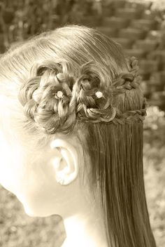 Princess Piggies: braid variations...lot of cute hair ideas for girls