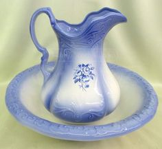 shopgoodwill.com: Blue And White Ironstone Pitcher And Basin Set