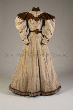 1895 beige/white/brown weave rectangular grid and box pattern silk taffeta dress via Kent State University Museum.
