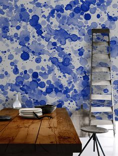 Blue Drops Watercolour trend on wallpaper